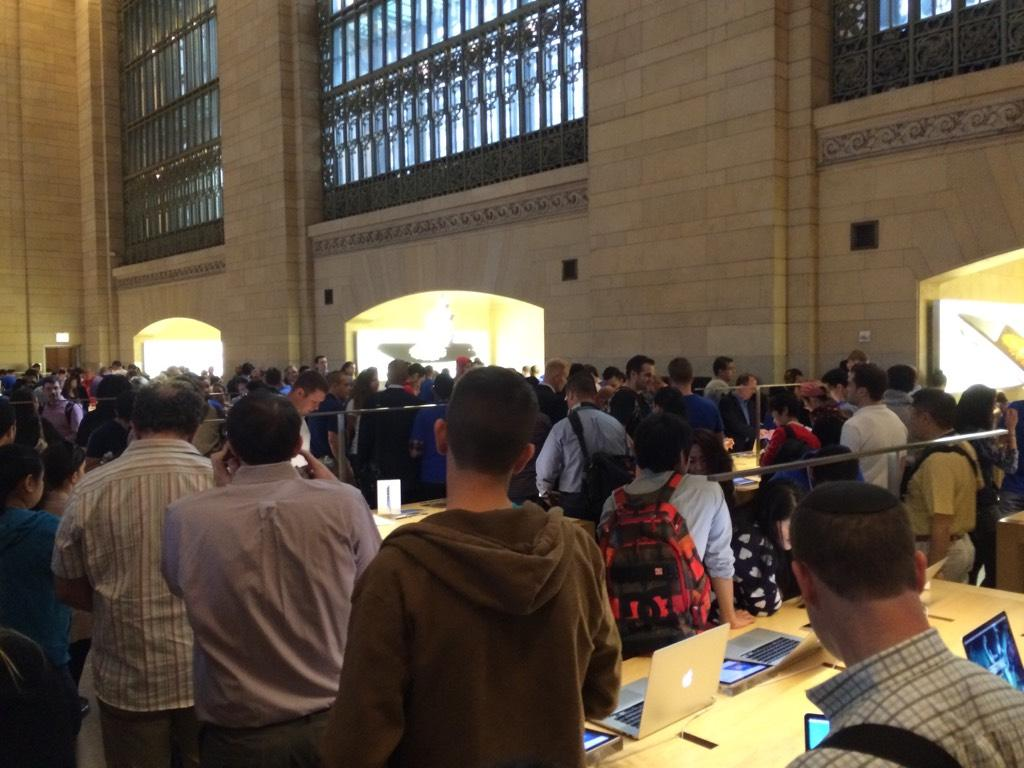 Lex McFarley took this in line at Grand Central. Thanks, Lex!
