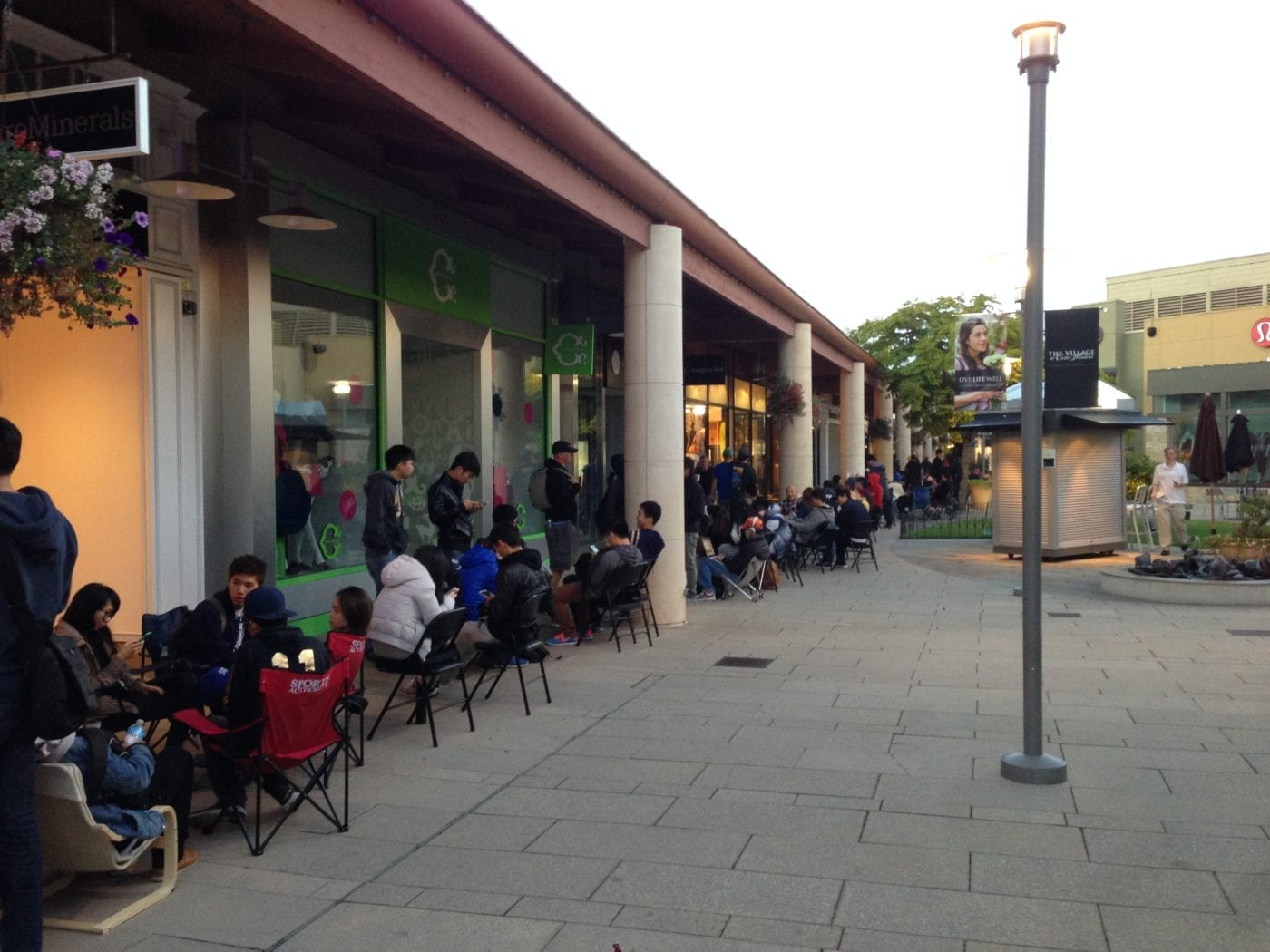 Apple Store in Corte Madera from Sam Levin