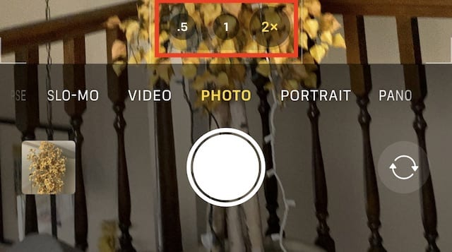 Tap the .5, 1 and 2X buttons to quickly switch between the ultra-wide, wide and telephoto cameras