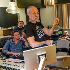 Lj Shaw speaks at Mixing Masterclass