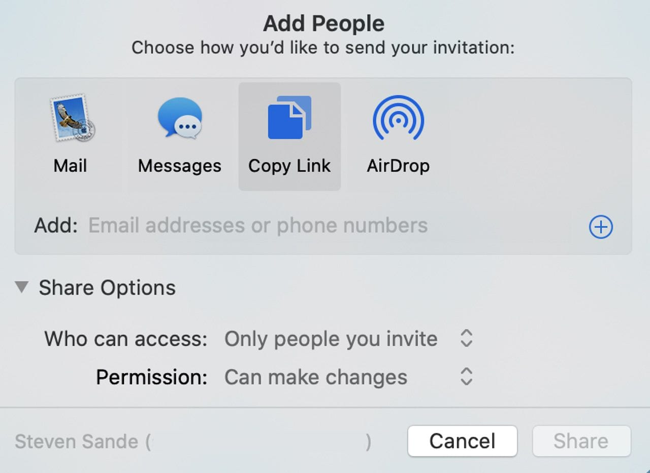 Share folder options for iCloud Drive.