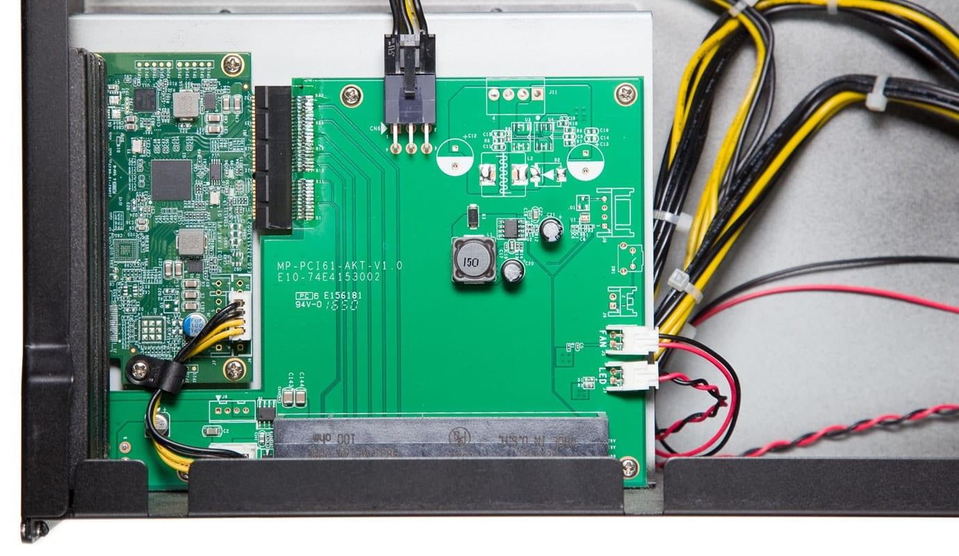 Printed Circuit Boad (PCB)