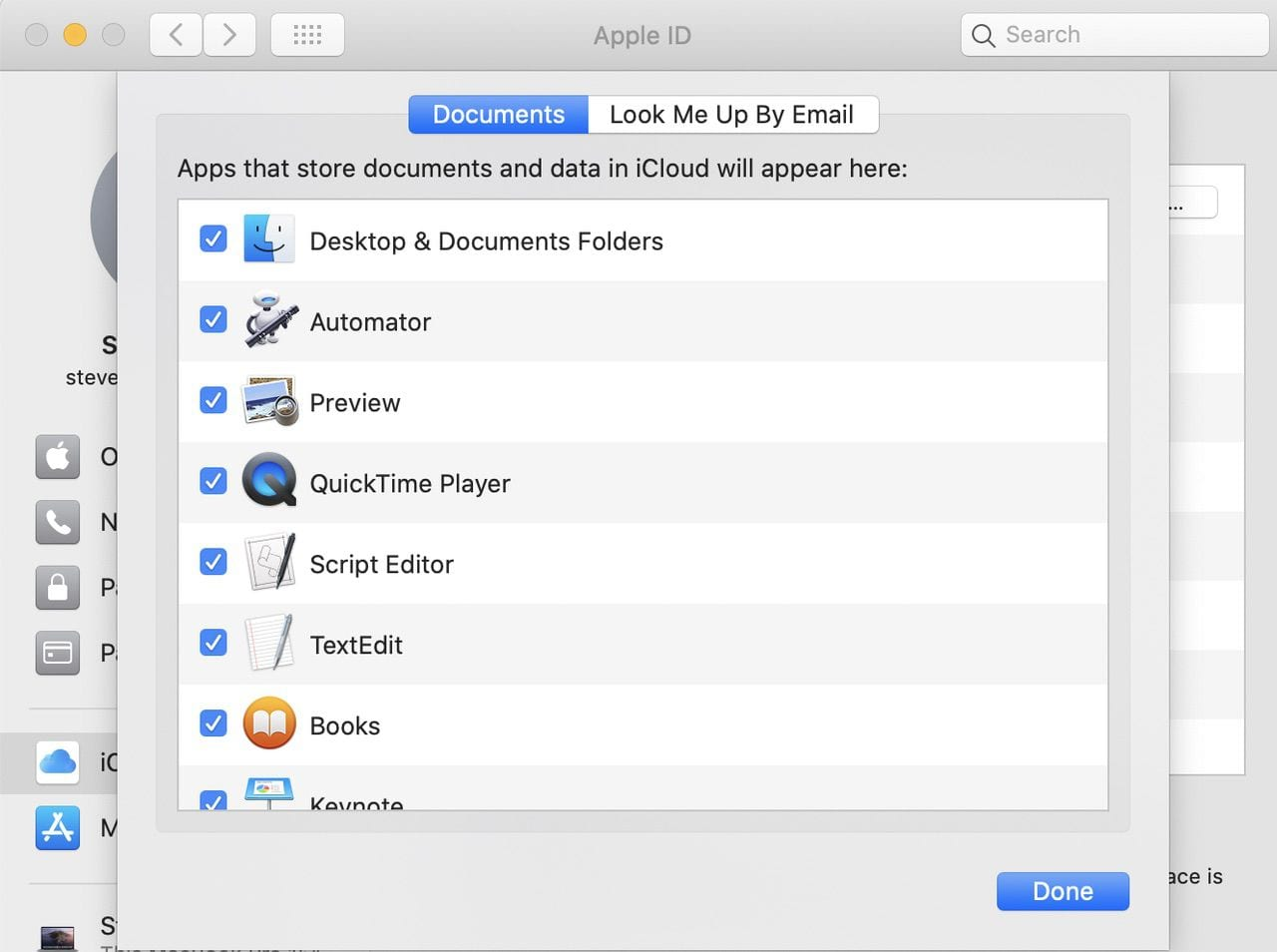 "Make sure ""Desktop & Documents Folders"" is checked to enable iCloud Drive syncing"