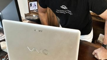OWC Larry O'Connor with a Sony Vaio PC